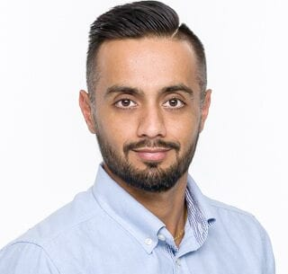 Account Executive Amandeep Dhaliwal